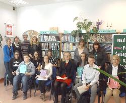 Dziś w Gminnej Bibliotece odbył się Konkurs Głośnego Czytania Poezji pod tytułem - Włącz Poezję