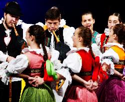 Spotkania z tradycją: występy zespołów folklorystycznych